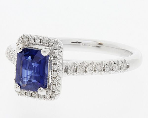CR1021-Sapphire-and-diamond-halo-ring-view-2