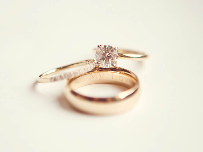engraved personalised engagement rings